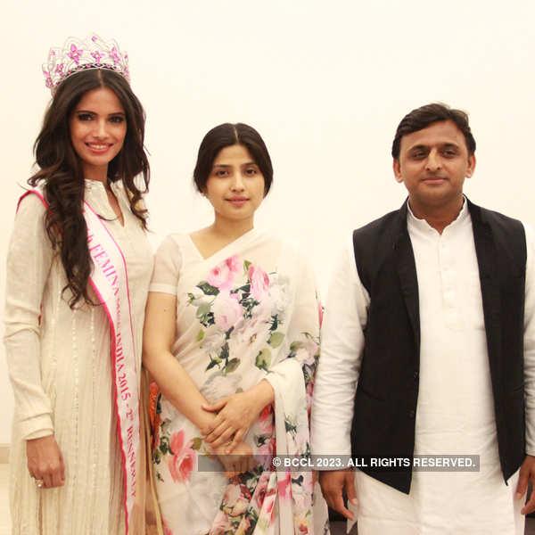 fbb Femina Miss India second runner up Vartika Singh meets UP CM Akhilesh Yadav