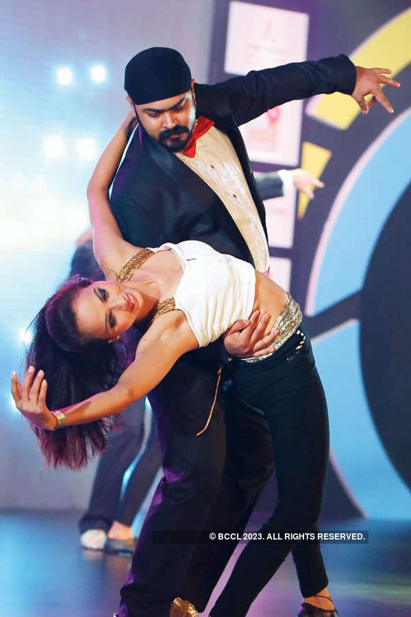 Gurgaon can dance Sal(s)a!