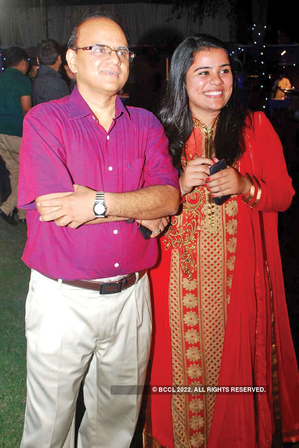 Manoj & Arti's 25th wedding anniversary