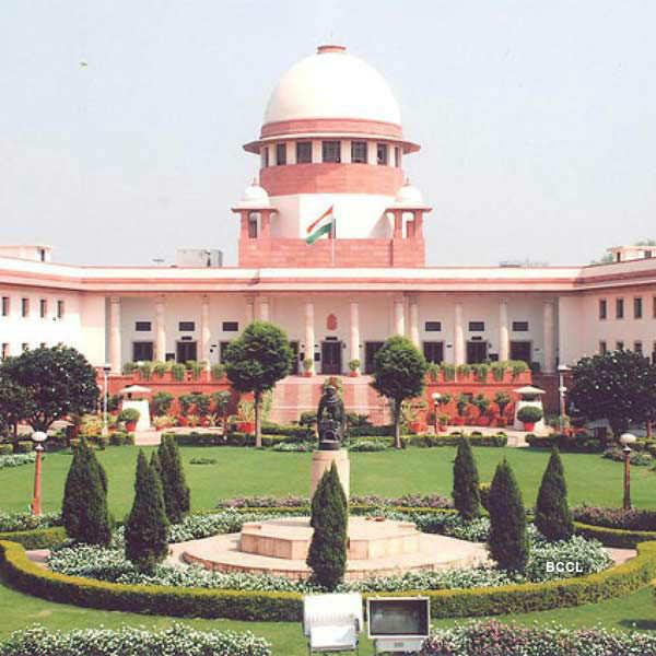 SC stays defamation proceedings against Kejriwal