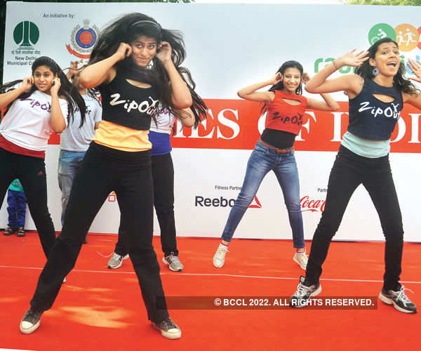 Raahgirs dance in style