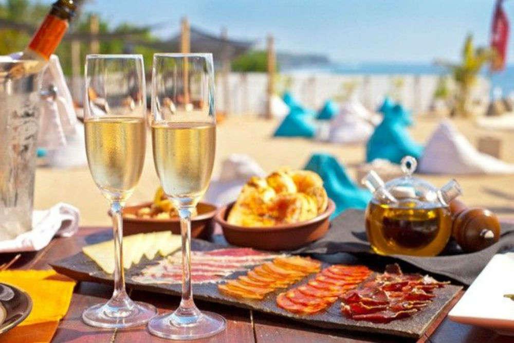 El Kabron Spanish Restaurant & Cliff Club