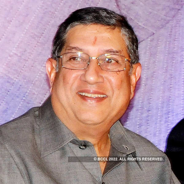 Father forcing me to marry, accuses Srinivasan's gay son