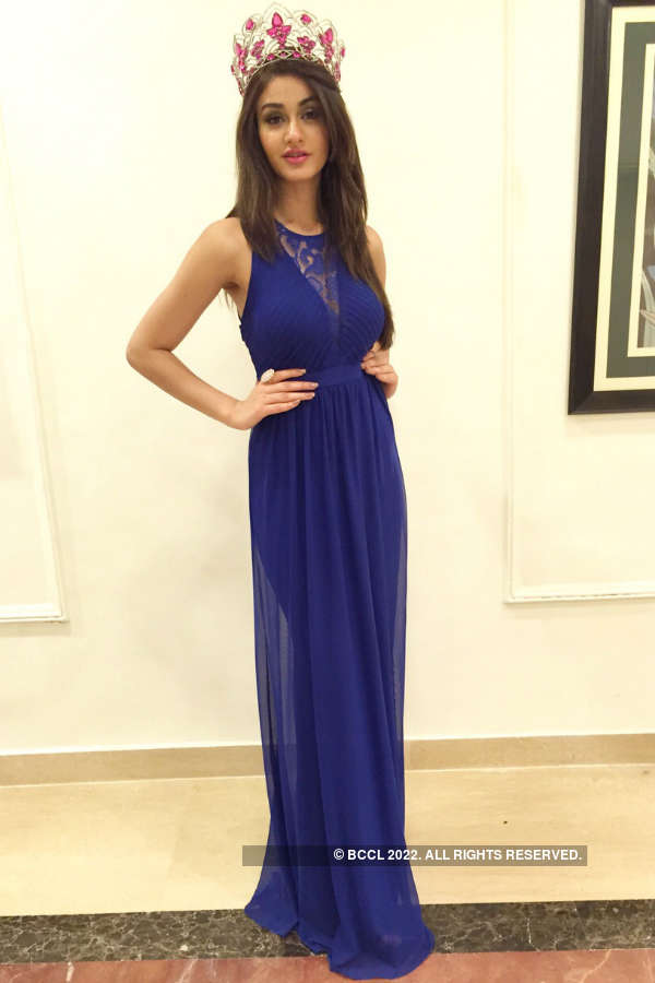 Take a look at gorgeous Aditi Arya at Nutricharge event in Kolkata