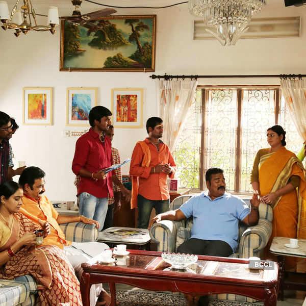 Innimey Ippadithaan: On the sets