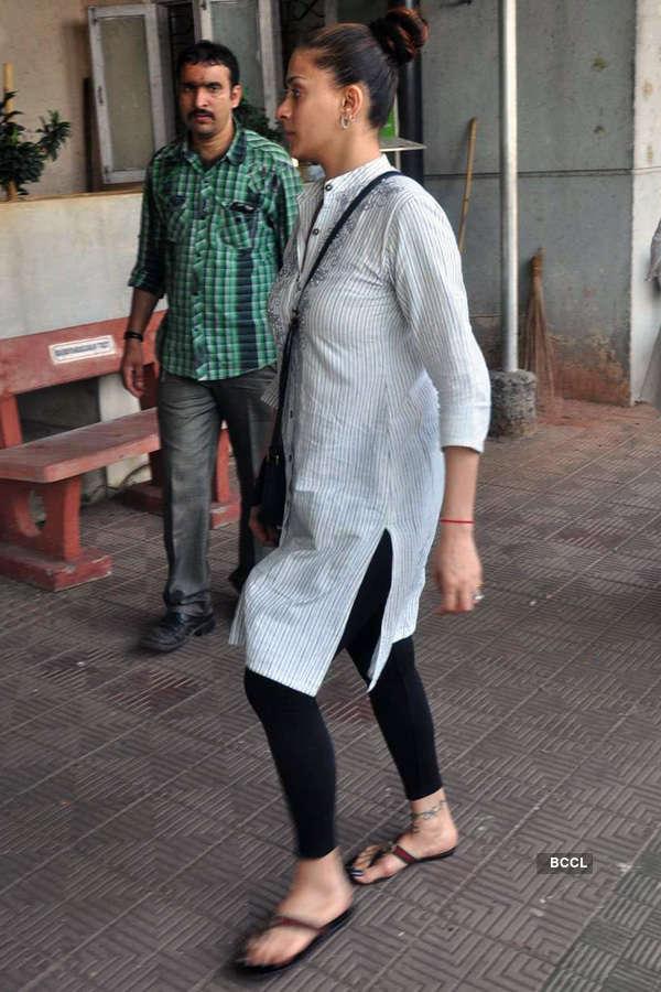 Celebs @ Sudha Shivpuri's funeral