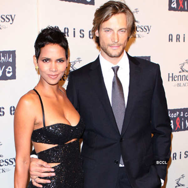 Halle Berry and Gabriel Aubry Photogallery - Times of India