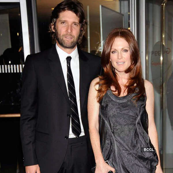 Julianne Moore and Bart Freundlich Photogallery - Times of India