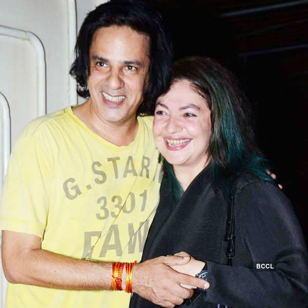 Rahul Roy and Pooja Bhatt are all smiles Photogallery - Times of India
