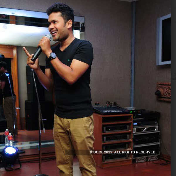Stand-up comics in Hyderabad