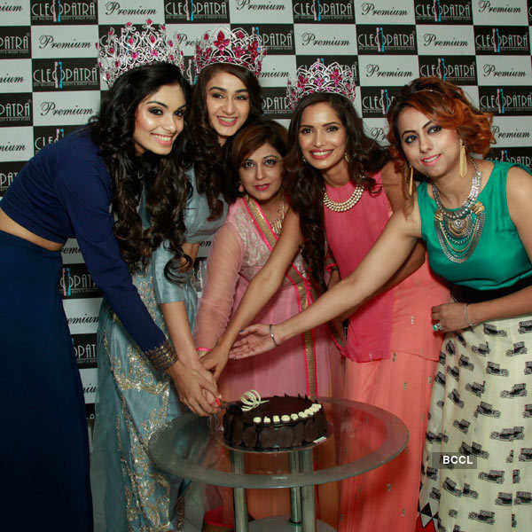 Miss Indias at Cleopatra store
