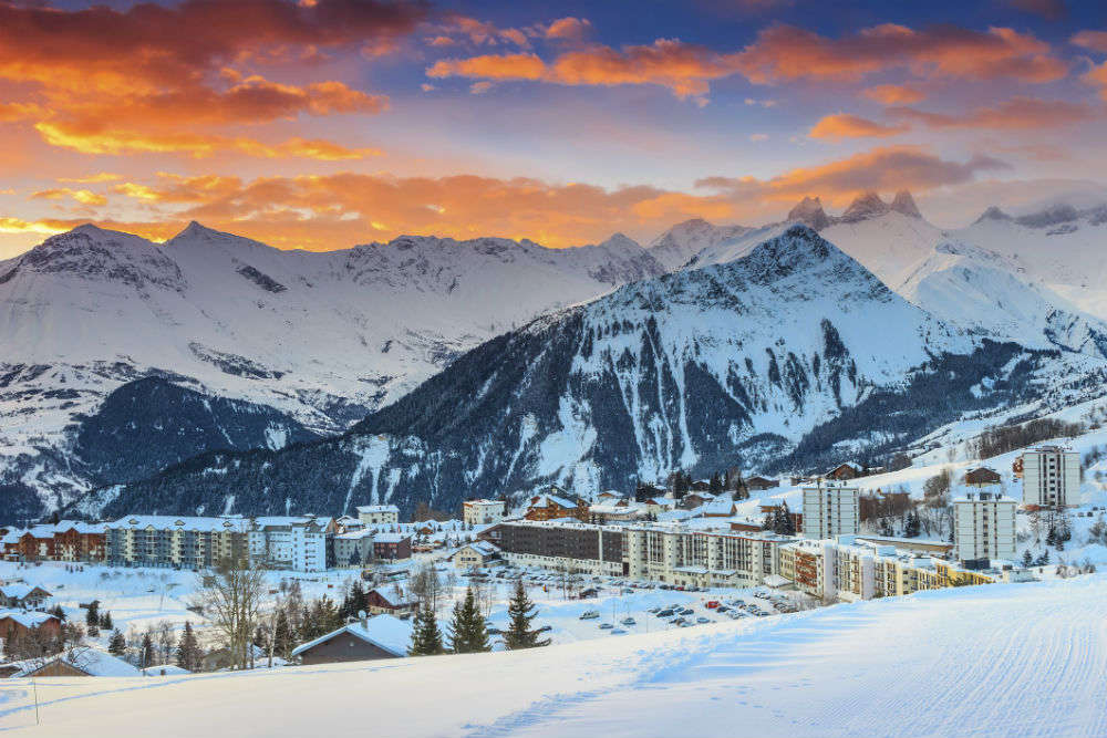 Best Places To Ski In The Alps | World's Best Ski Towns | Times of India  Travel