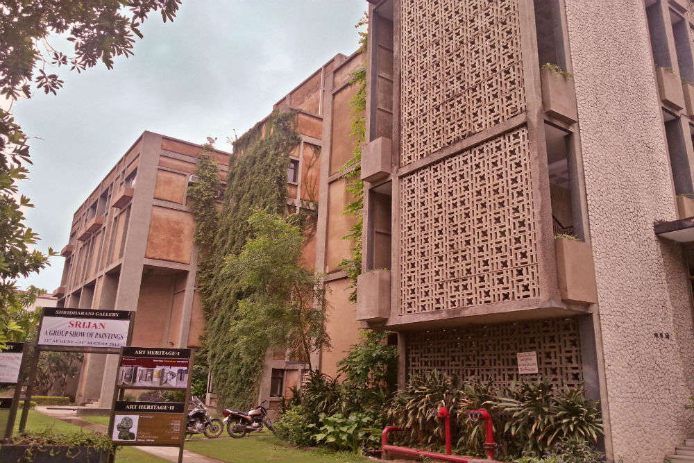 Triveni Kala Sangam - Delhi: Get the Detail of Triveni Kala