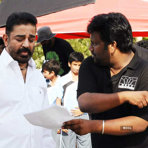 Thoongavanam: On the sets