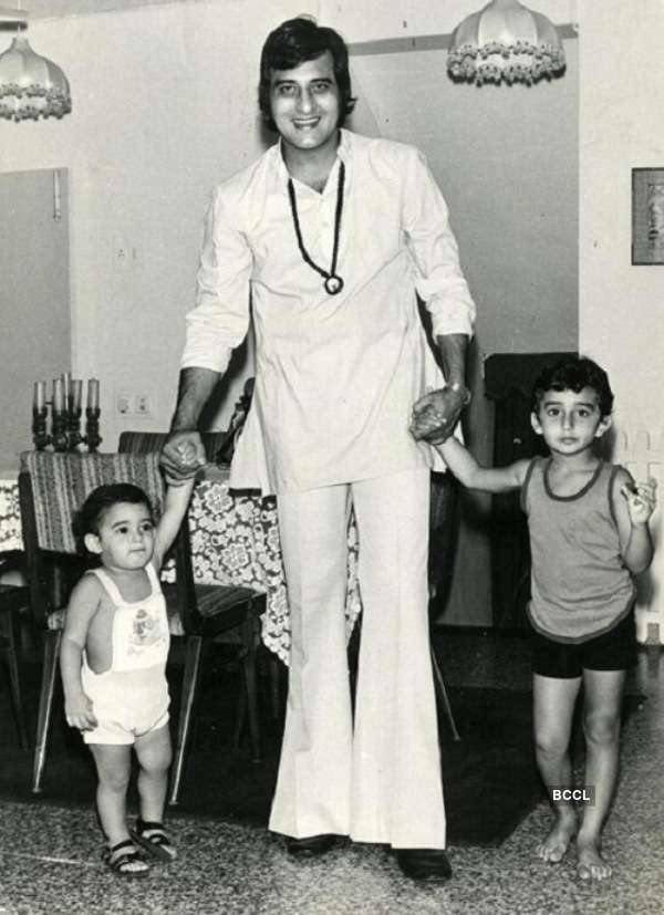 Actor-Producer Vinod Khanna believes that his sons keep private matters to themselves