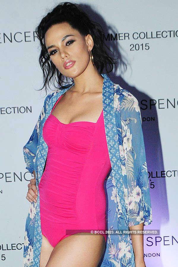 Marks & Spencer: Fashion Show
