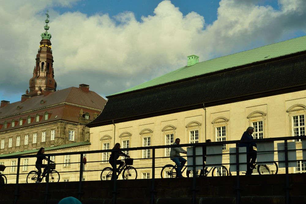 Bike along the inner city