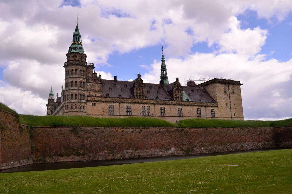 In Hamlet's footsteps at Kronborg