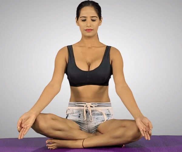 Poonam Pandey's style yoga video goes viral