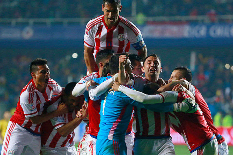 Paraguay stun Brazil to reach Copa semis