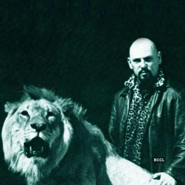 Multi-talented Anton LaVey kept a lion
