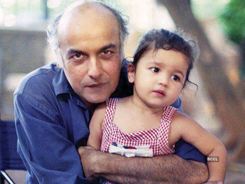 Alia Bhatt looks cute