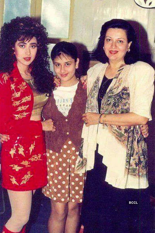 Karisma Kapoor and Kareena Kapoor pose with their mother