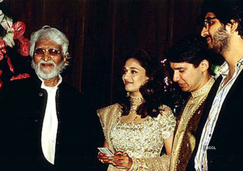 M. F. Husain attends the marriage