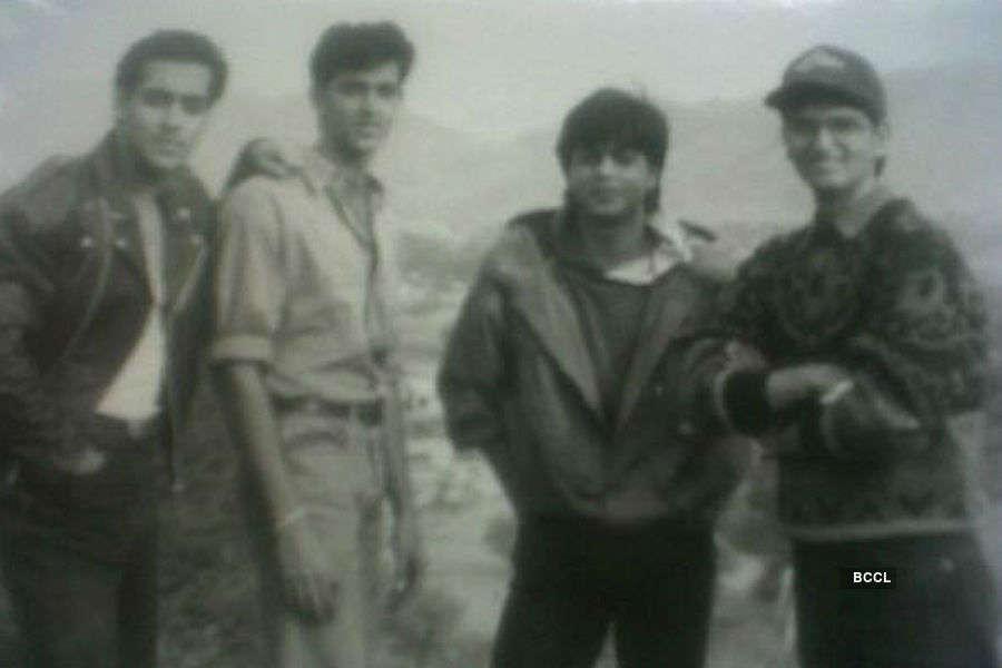 Hrithik Roshan poses with Salman Khan and Shah Rukh Khan