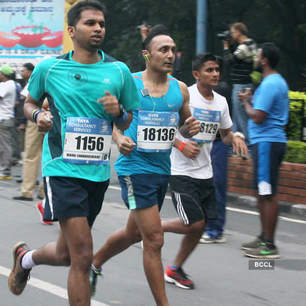 Rahul Bose running Open 10K run.