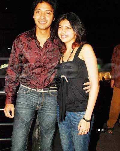 Shreyas with wife Deepti