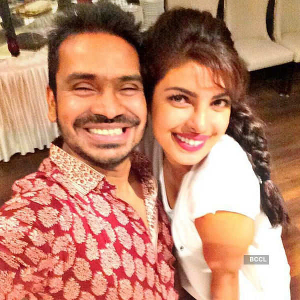 Mushtaq Shiekh clicks selfie with Priyanka Chopra