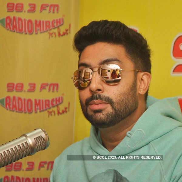 Abhishek Bachchan, Asin at Mumbai's Radio Mirchi