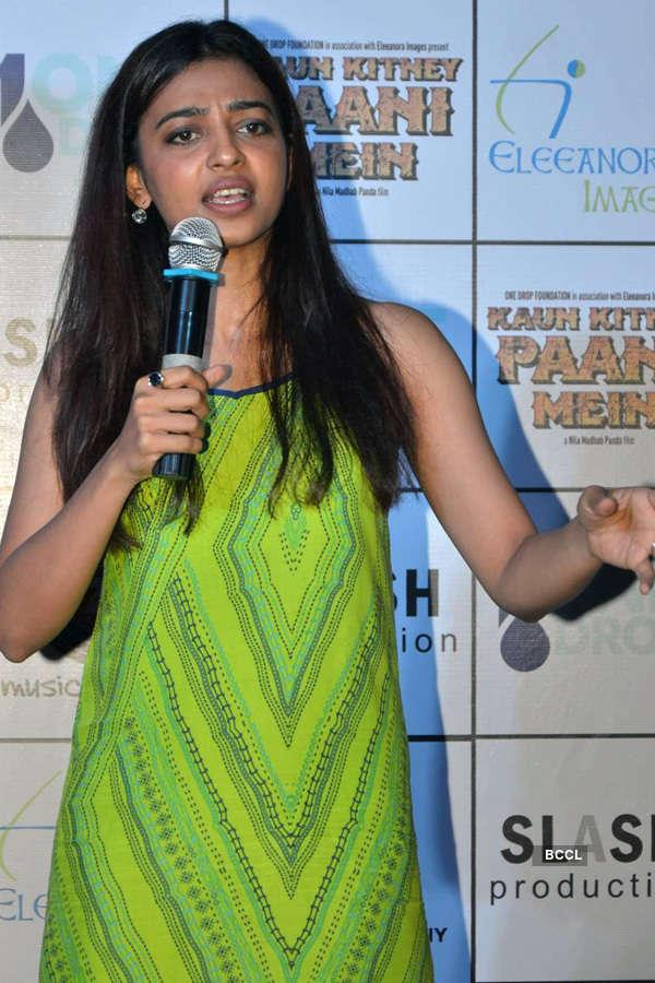 Kaun Kitney Paani Mein: Press meet