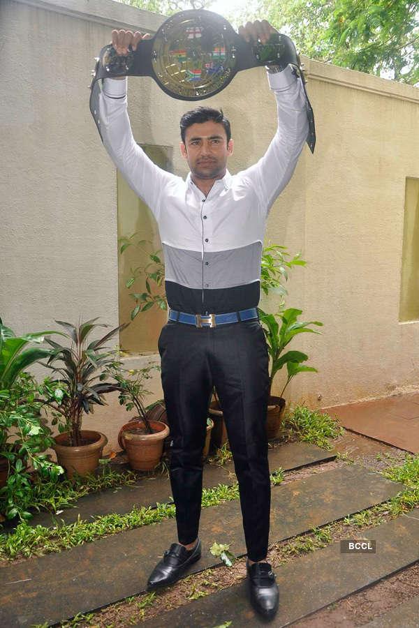 Sangram Singh unveils WWP Championship belt