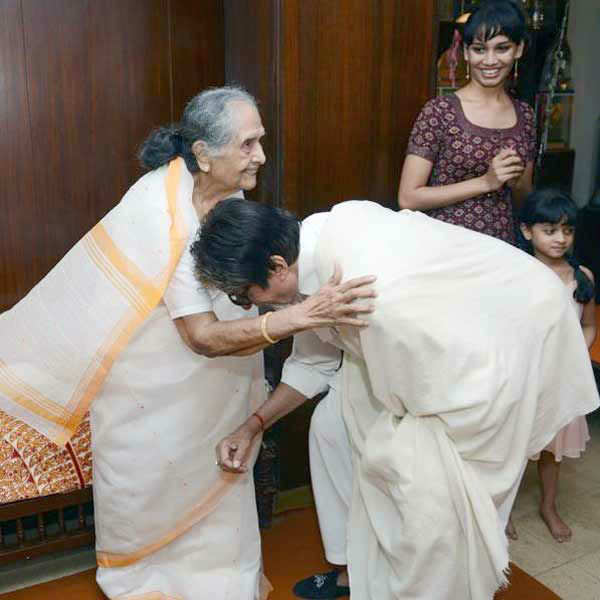 Amitabh Bachchan visited Sulochana's home