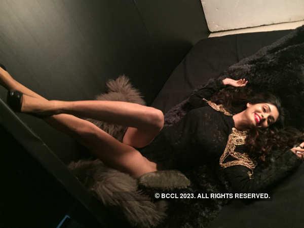 Sneak Peek: Beauty queen Aafreen Vaz's official photoshoot