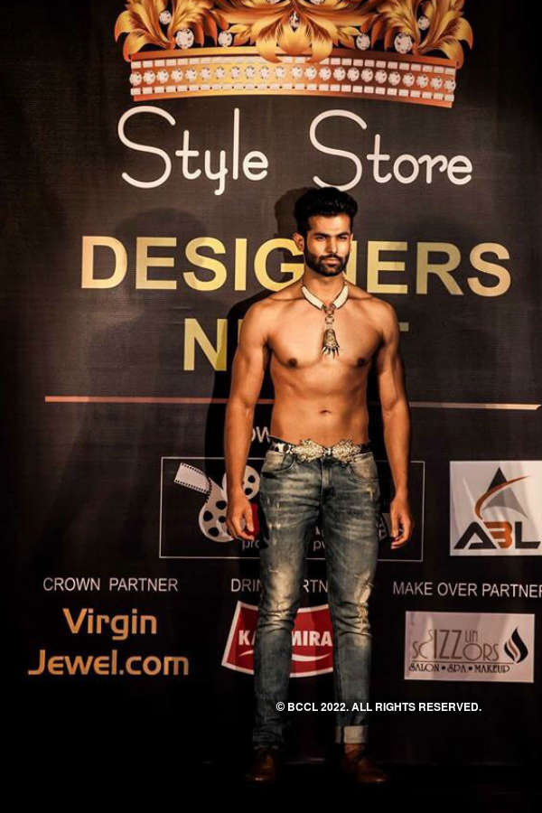 Mr India finalist Jitesh Thakur turns showstopper