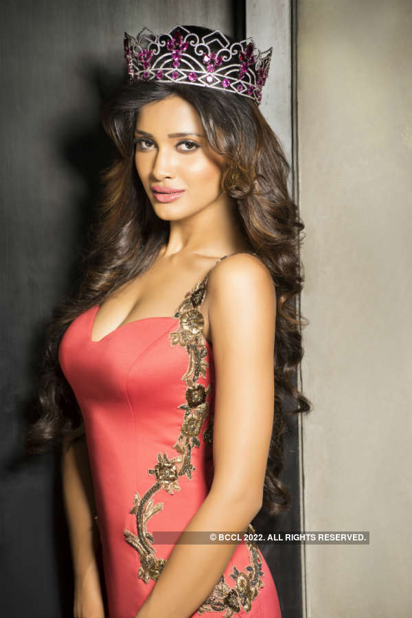 Miss India United Continents Sushrii's official photoshoot