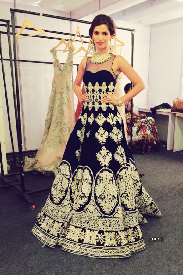 Beauty queen Vartika Singh dazzles at the IBFW