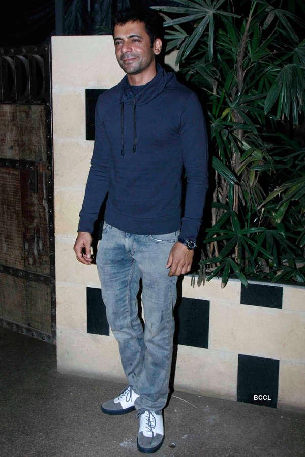 Sunil Grover during Smita Thackeray's birthday party