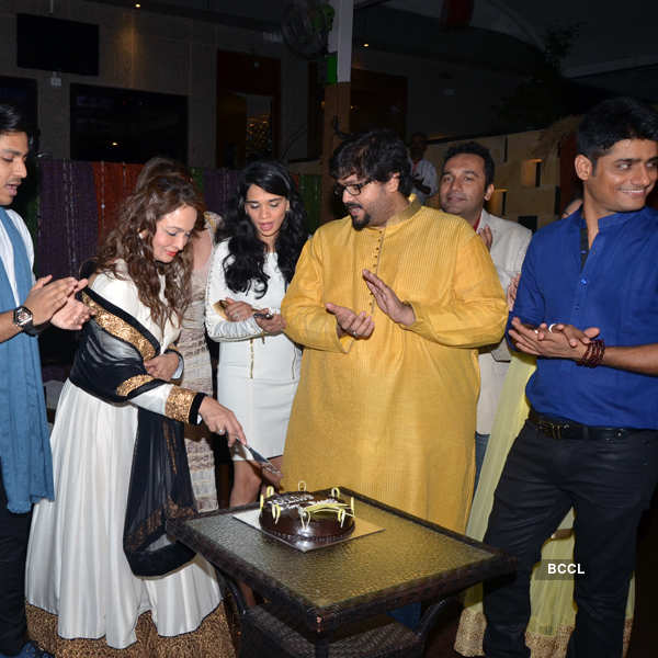 Guests during Smita Thackeray's birthday party