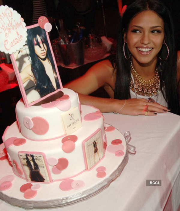 Terrific American Actress And Recording Artist Cassie Ventura Looked Gorgeous Funny Birthday Cards Online Chimdamsfinfo