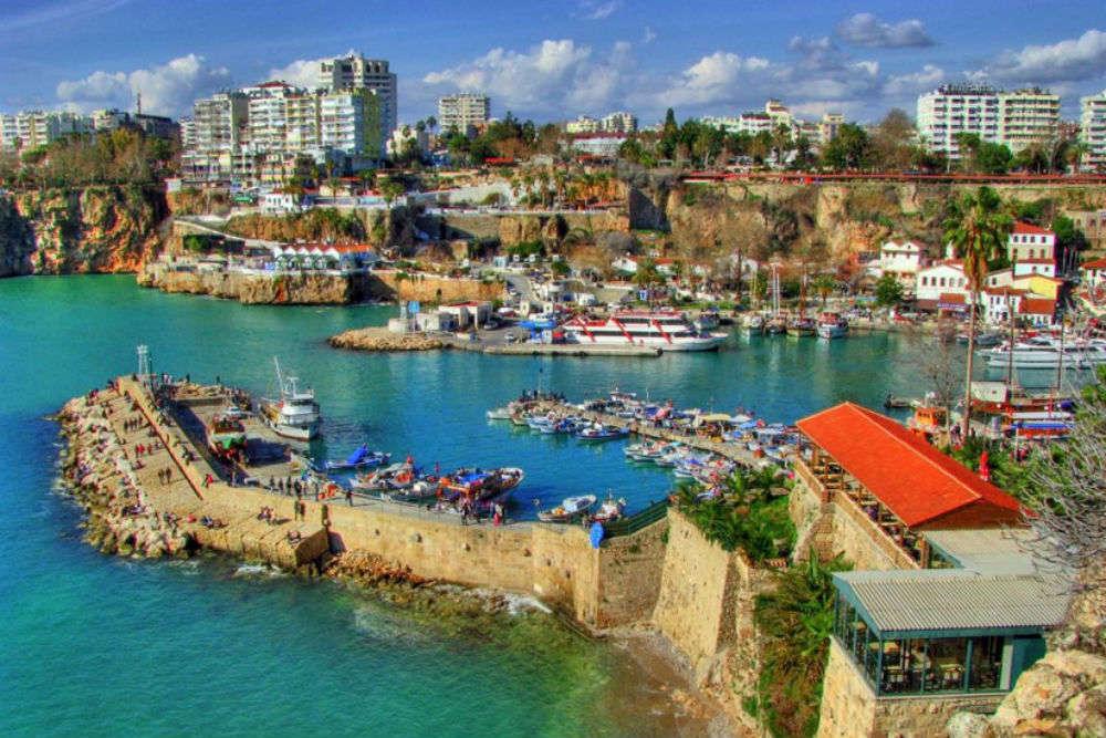 Antalya Marina halal travel antalya ummahtrip