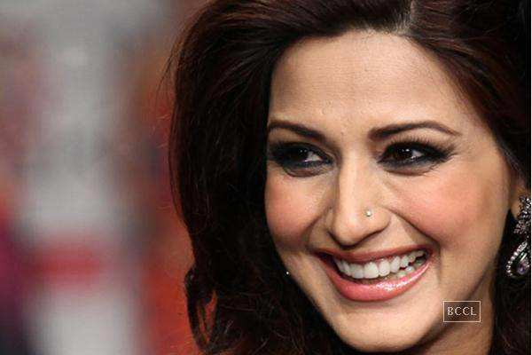 Bollywood celebrities and their cyber issues