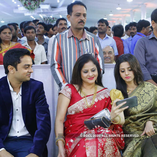 Nirupama and Dileep tie the knot