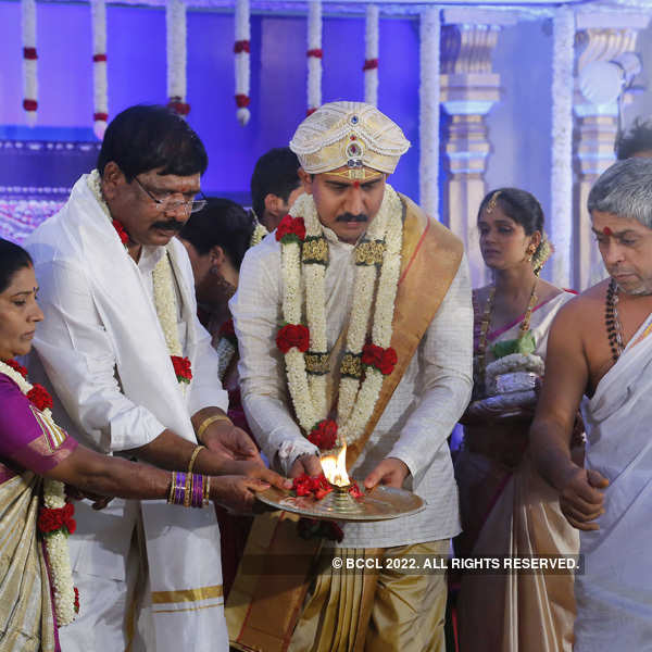 Nirupama and Dileep tie the knot