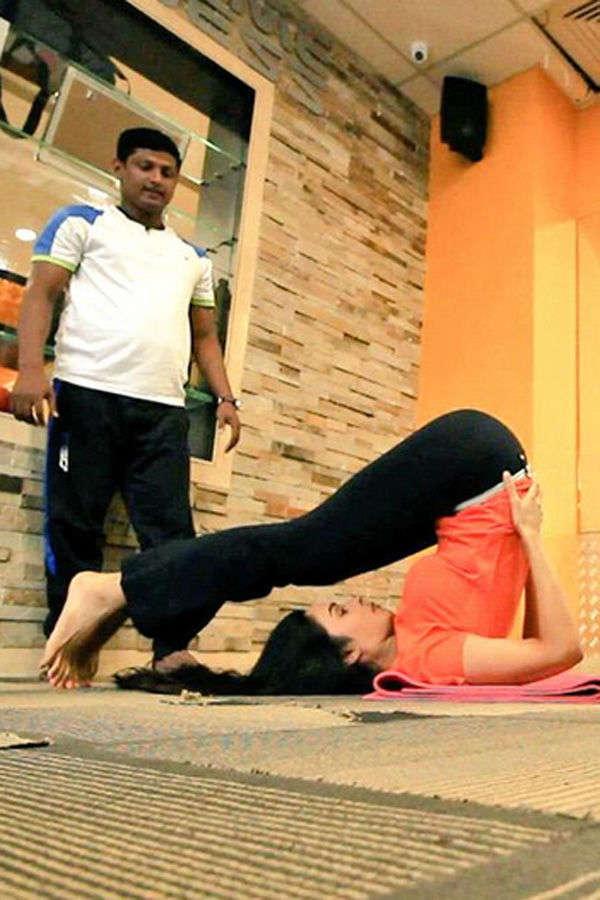 Mallika Sherawat posted her yoga photo on social media