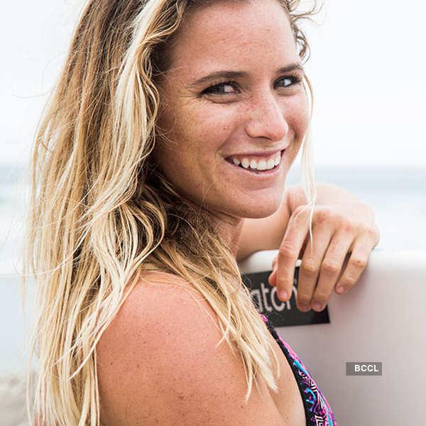25 Hottest Girls in Surfing