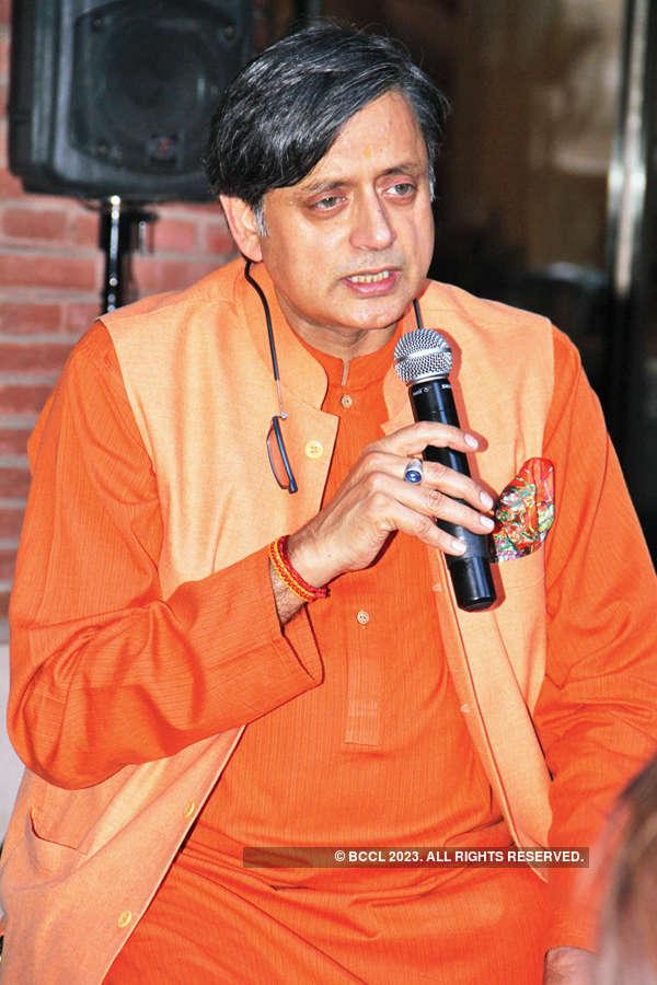 Tharoor's date with bibliophiles